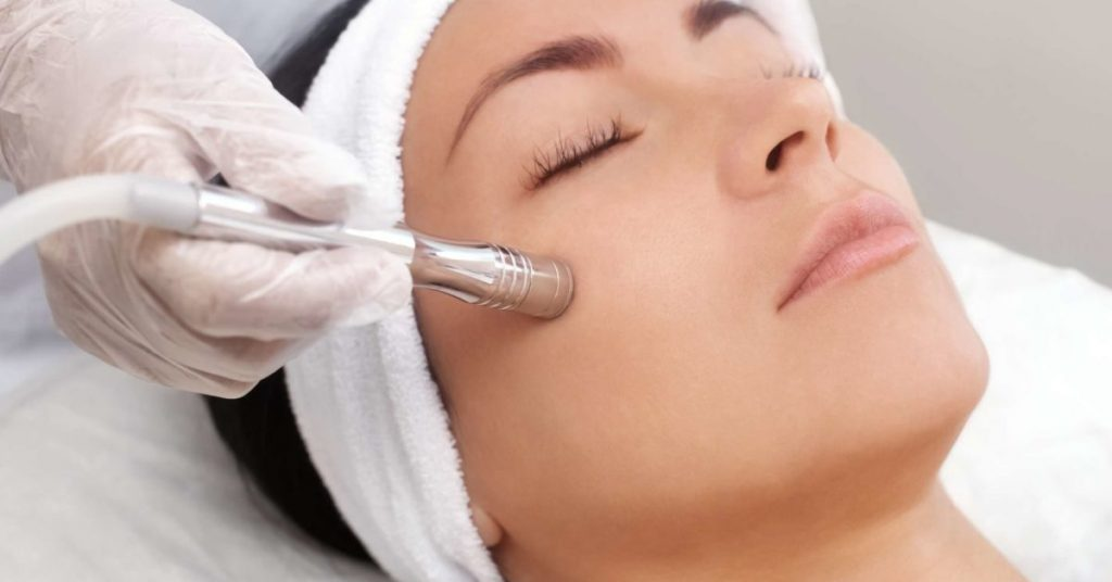 Learn More about the Benefits of Cosmetic Clinic Procedures